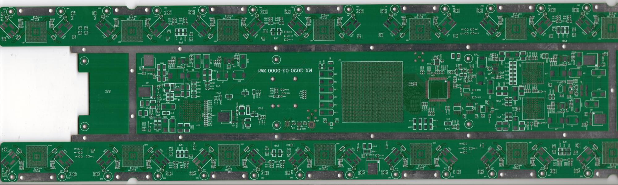 5G信號傳輸板.jpg