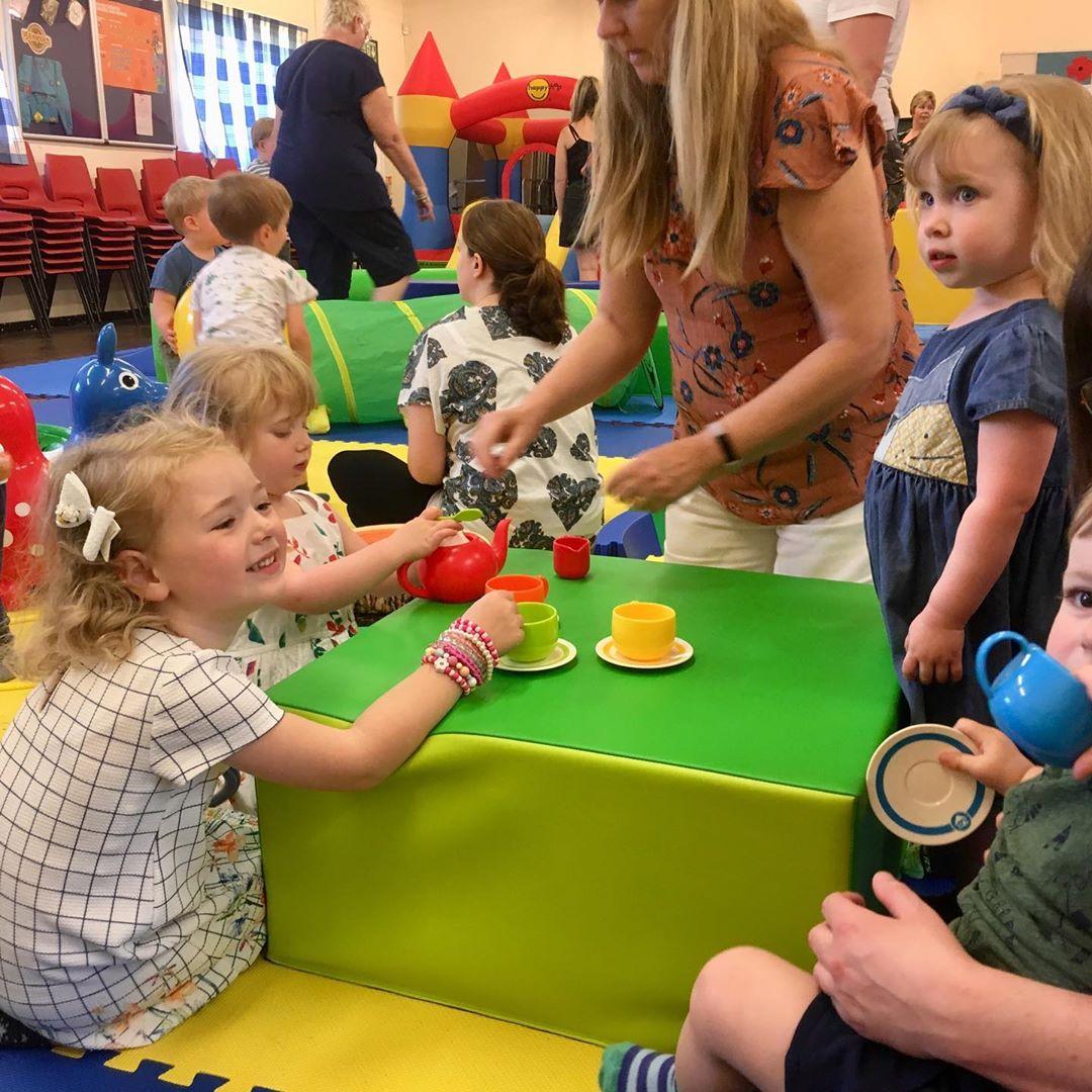 宝宝精细运动小活动,越玩越聪明!