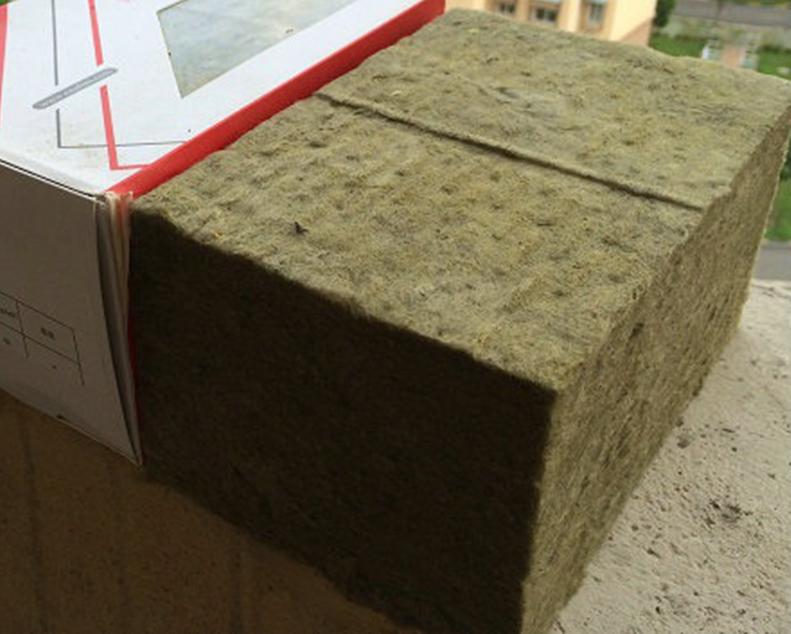 樱花防火保温岩棉板
