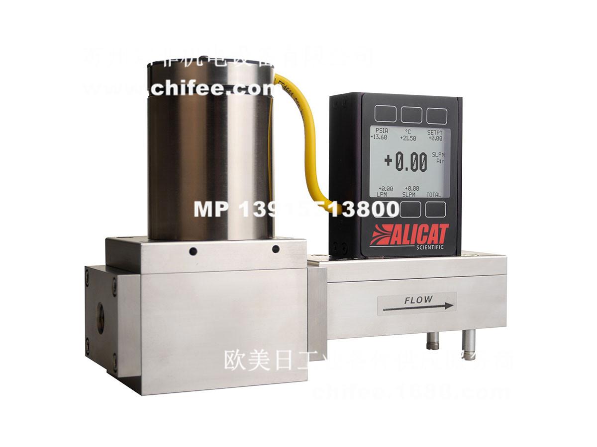 MCR-P1000032wh_1200.jpg