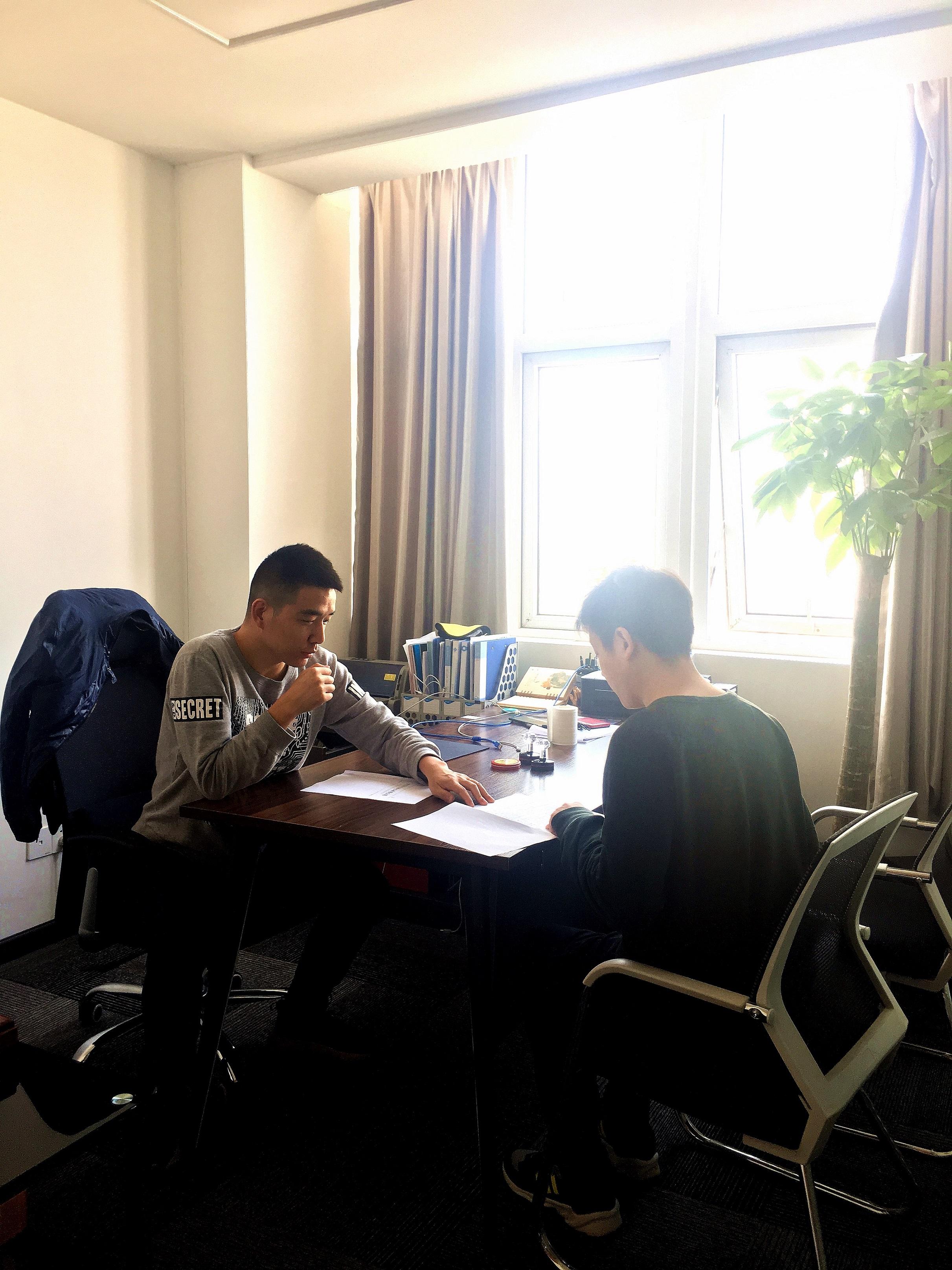 武汉万总与武汉百应科技有限公司成功签订孵化运营合作协议