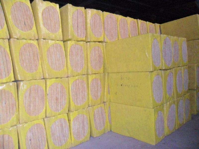 岩棉板生产商