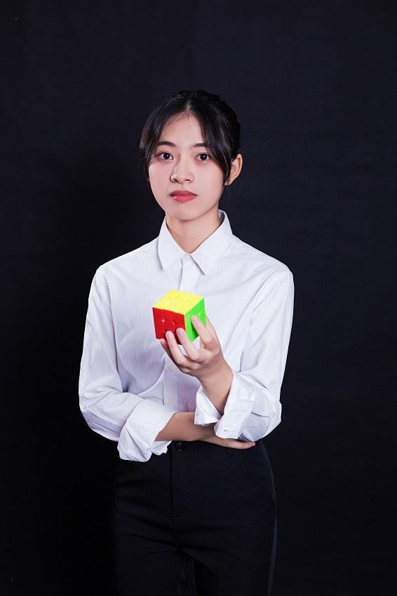 汤爱萍老师