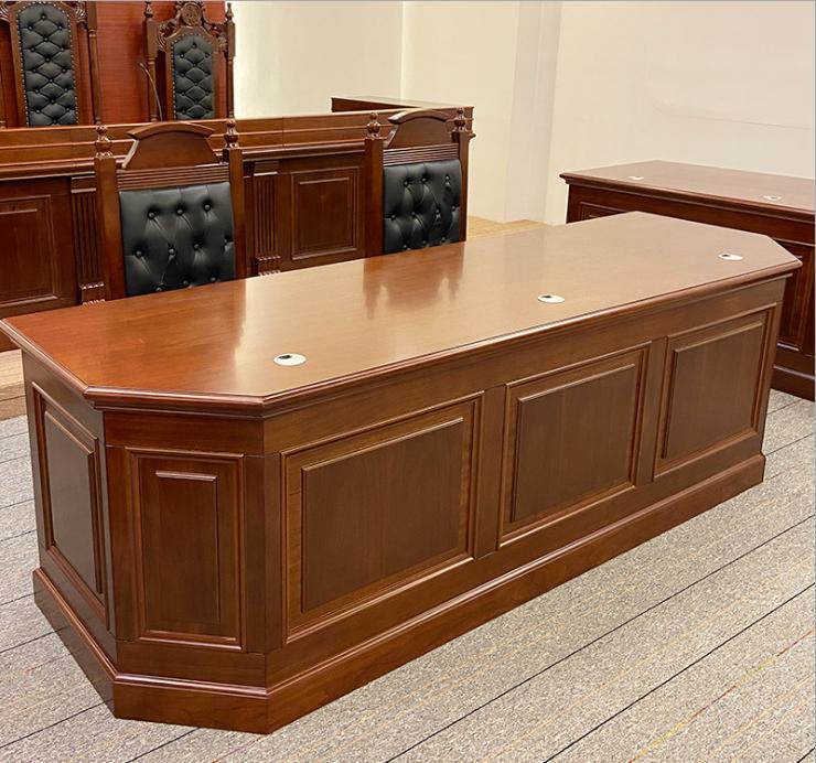 上海辦公桌家具廠家生產的桌子怎么樣-上海晨瀾家具有限公司