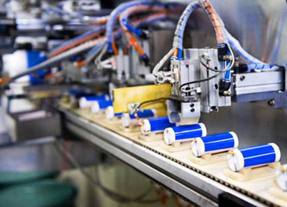 激光焊接机在锂电行业中的加工制造