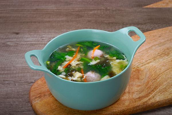 紫菜蛋花丸子汤
