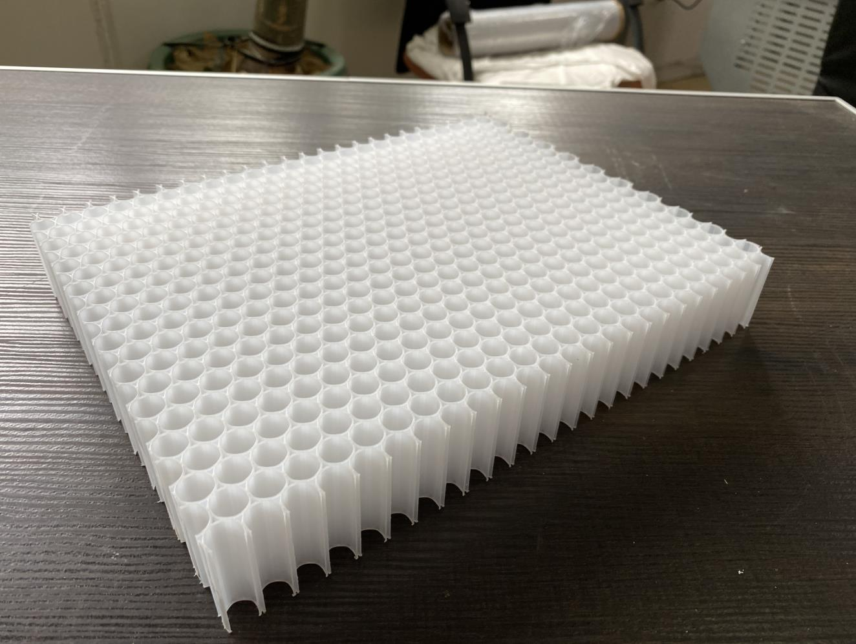 塑料蜂窝芯.jpg
