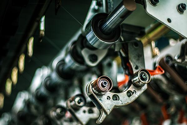 密炼机加料系统的主要特点及相关参数