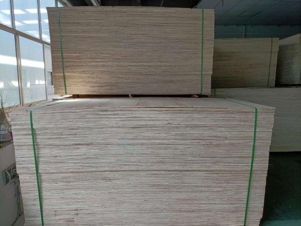 胶合板原料