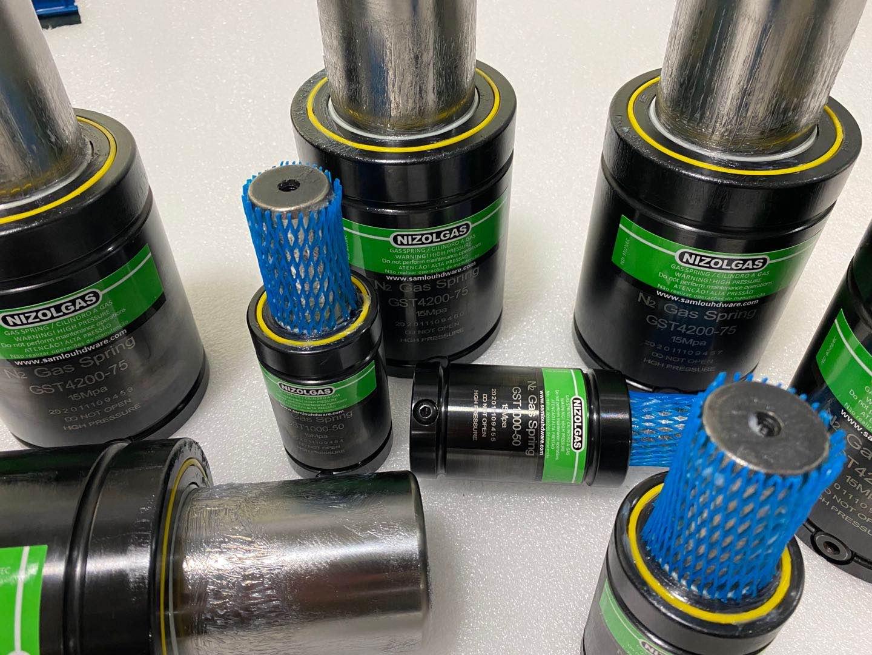 定制非标规格尺寸氮气弹簧