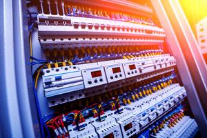 低压开关柜和控制柜的安全测试要求