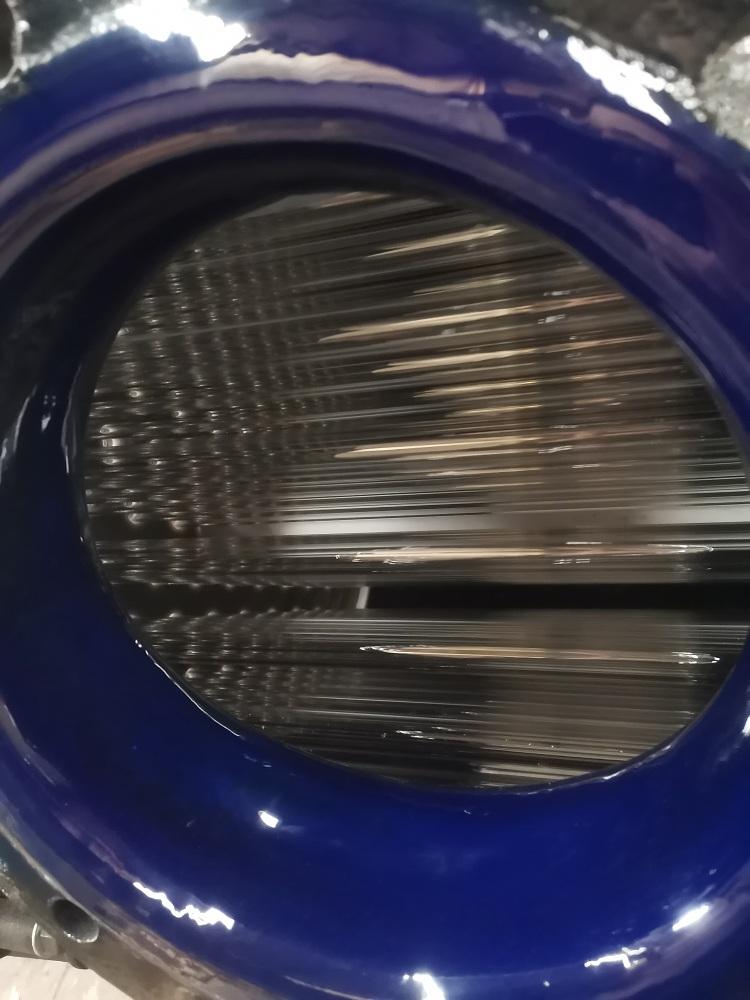 高硼硅玻璃采用钢衬模压PFA管板