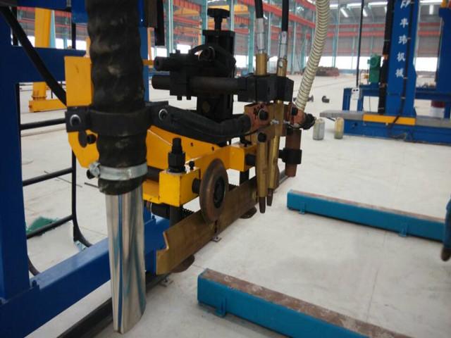 箱型梁龙门式埋弧焊机