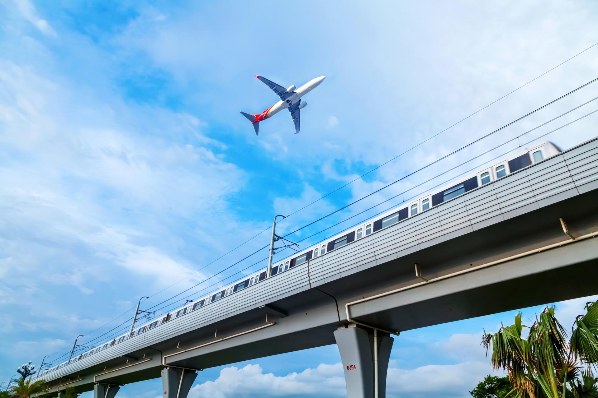 摄图网_500614677_banner_城市地铁及飞机交通系统(非企业商用).jpg