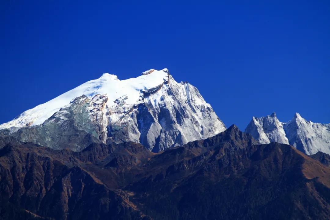 哈巴雪山攀登计划, 为什么要选择哈巴?