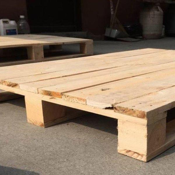 九脚木栈板