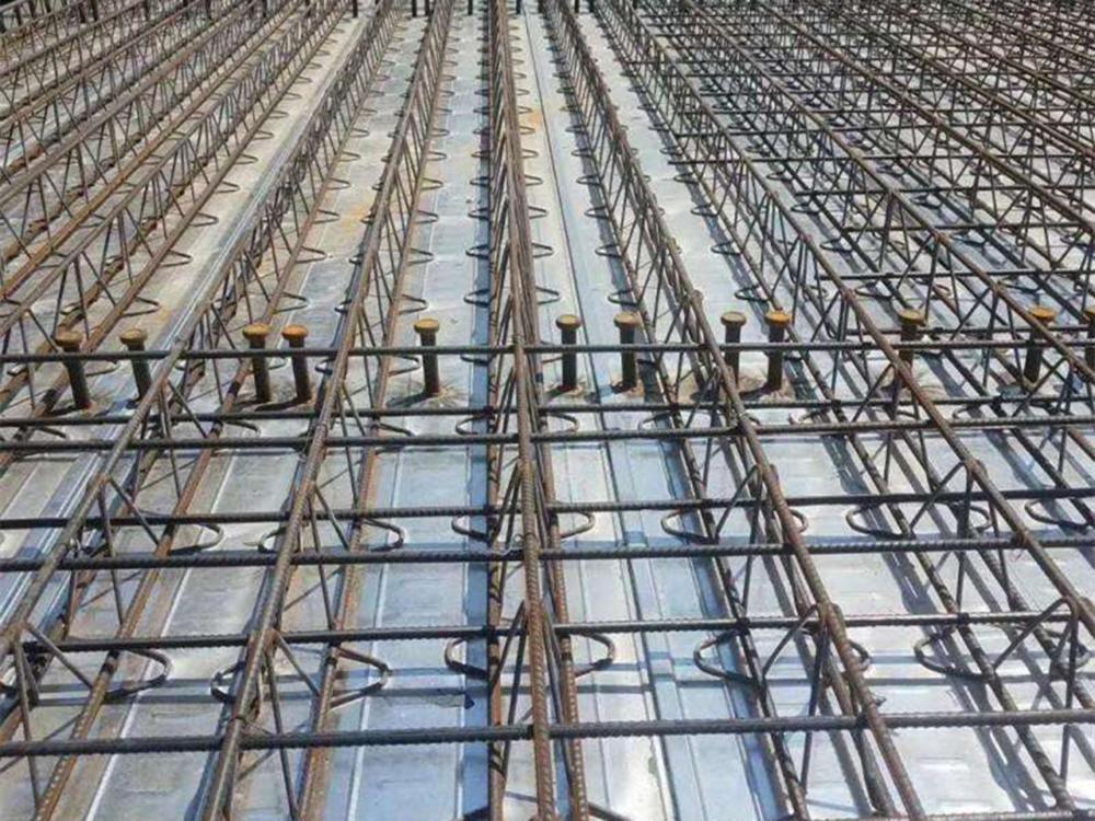 M型钢筋桁架楼承板2.jpg