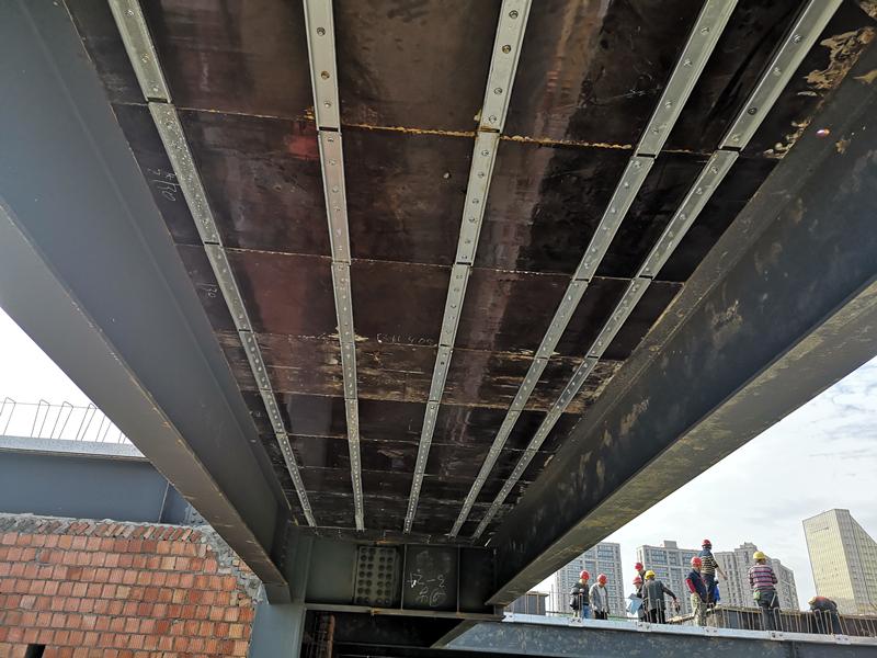可拆卸钢筋桁架楼承板5.jpg