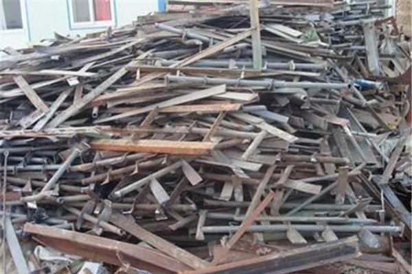 废旧金属铁回收