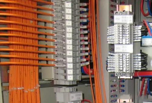 高低壓配電柜二次接線規范