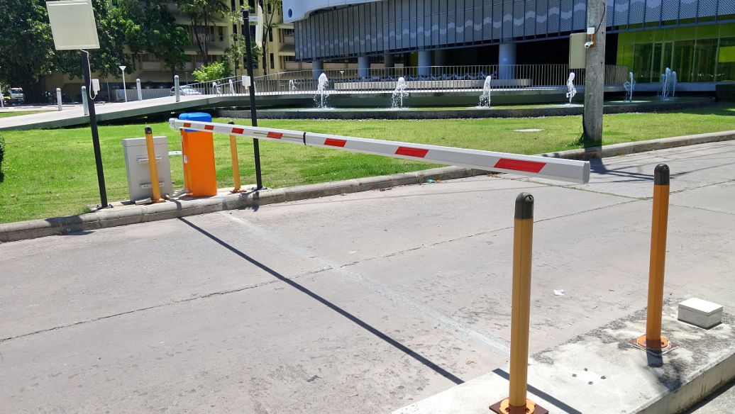 栅栏道闸的控制方式有很多种