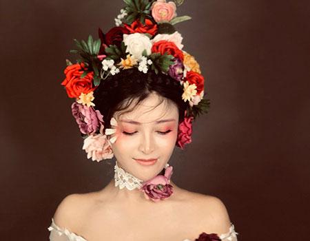 美甲化妆纹绣综合课程
