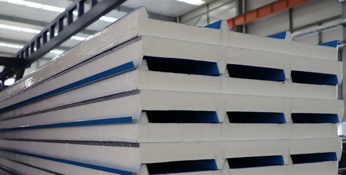 聚氨酯屋面板的特點