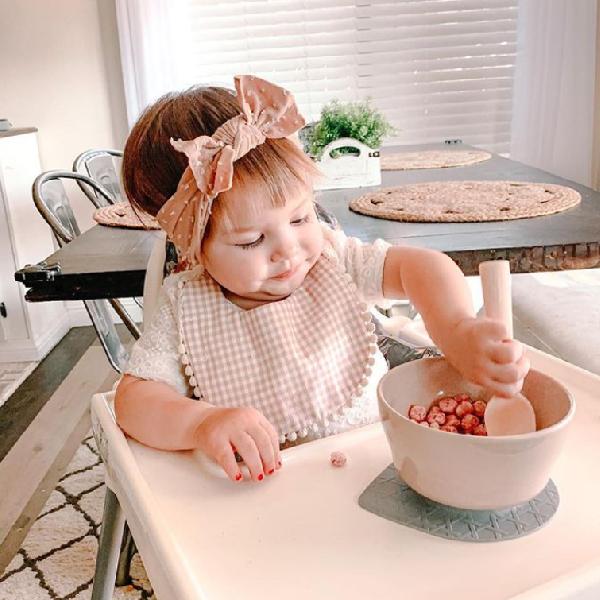 我的宝宝6个月大,该用哪款汤勺?