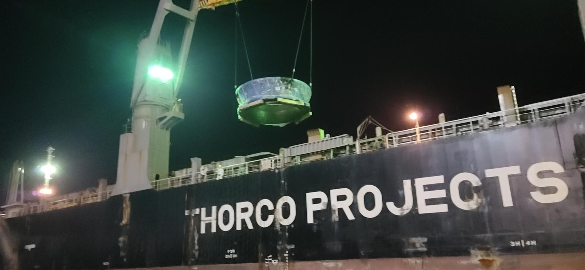 船边直装大件货物运输