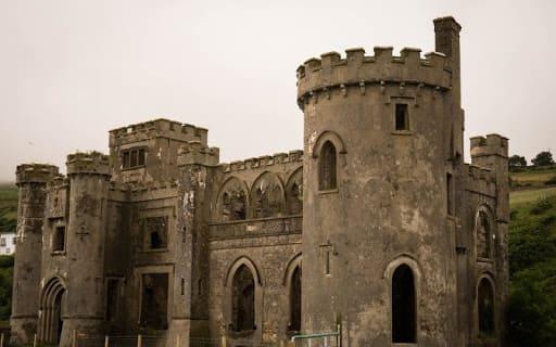 Instalación de protección contra rayos de edificios históricos.