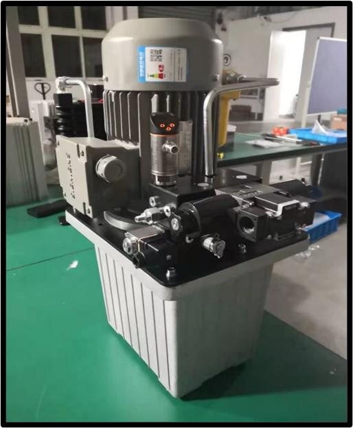 机器人压铆装置用液压系统