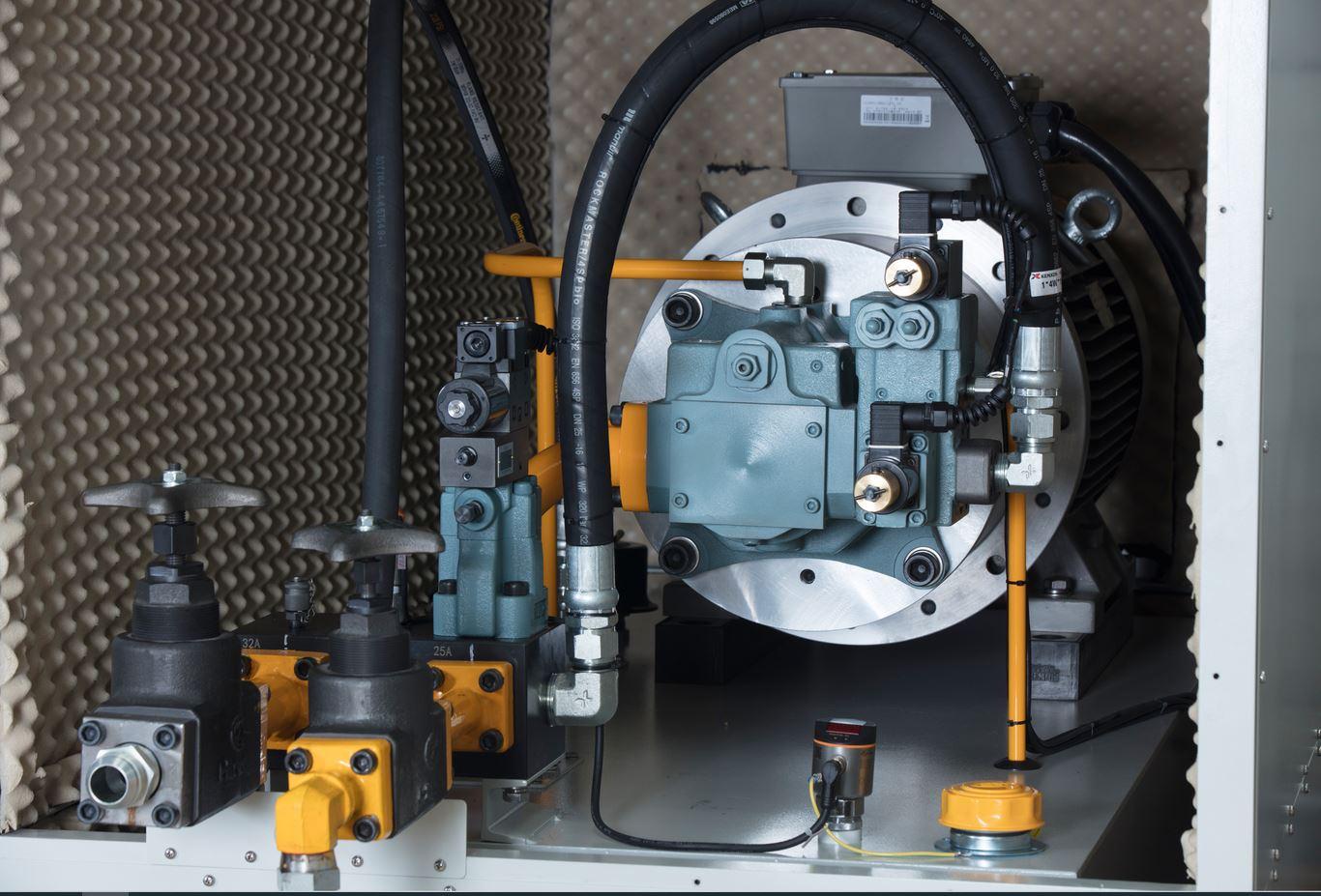 试验机液压系统