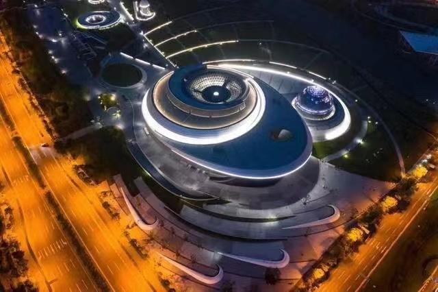 球幕影院震撼的视觉效果-上海天文馆