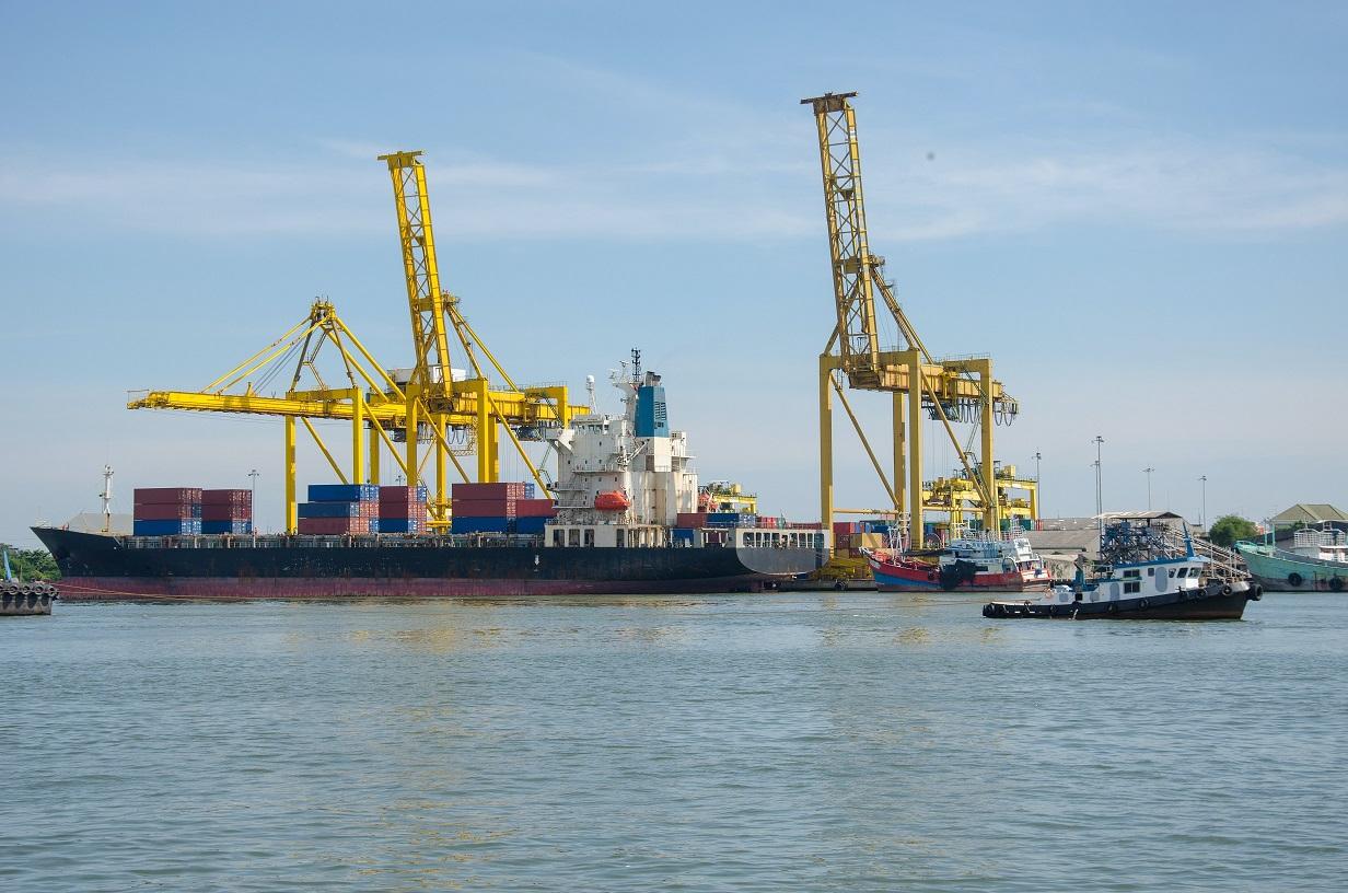 港口起重機械防腐涂層