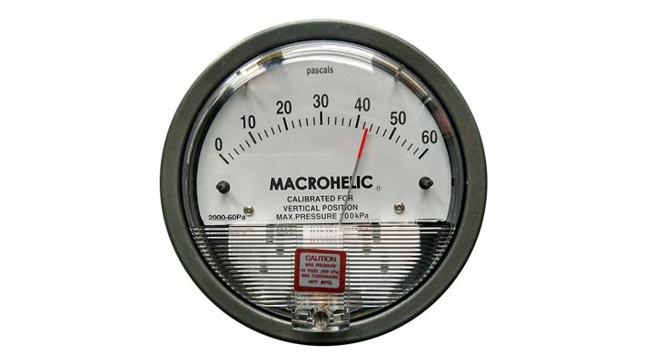 洁净室内压差表的安装与使用