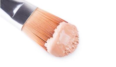 西宁化妆培训之专业化妆师为什么倾向于用化妆刷?