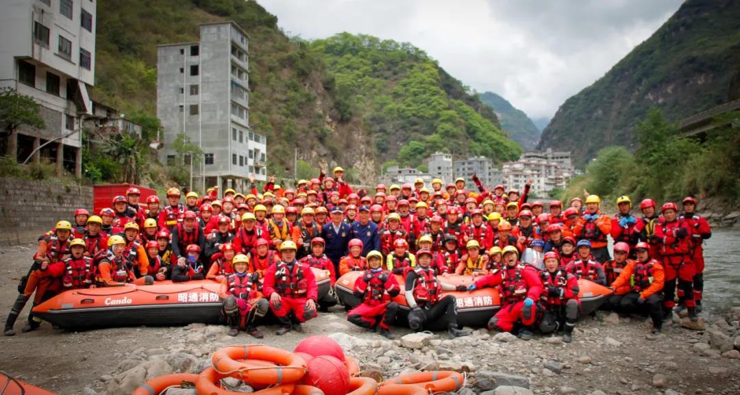 水域救援个人防护装备成为抗洪救灾的必备装备