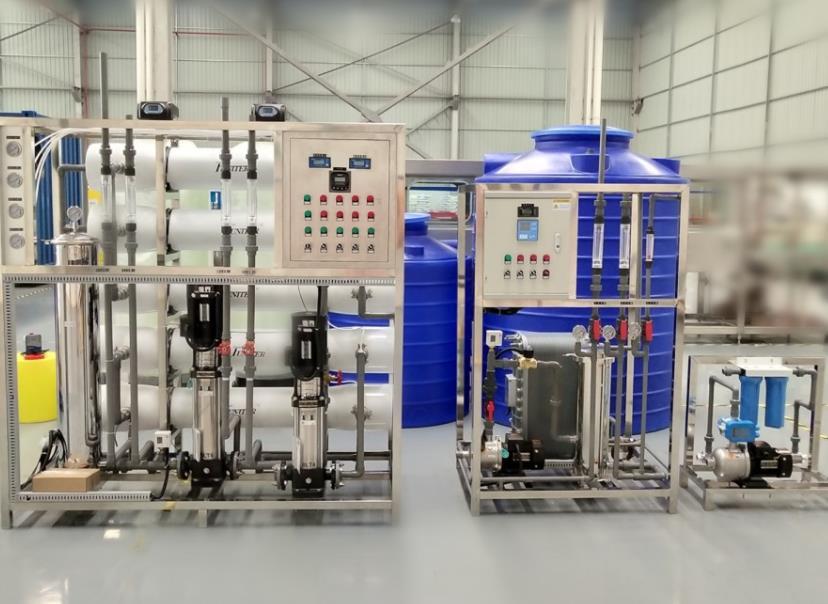 实验室超纯水设备.jpg