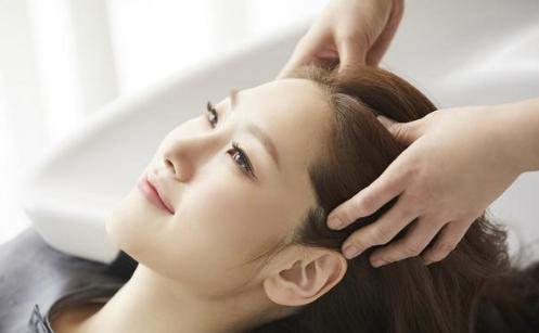 中式烹调师和美容美发你会选择哪一个技术?