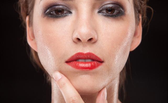 油性皮肤应该用什么散粉?